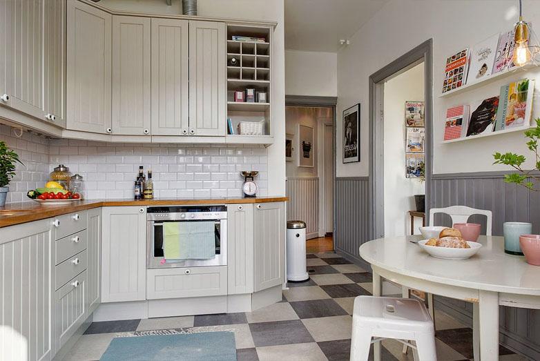 Friso gris en una cocina